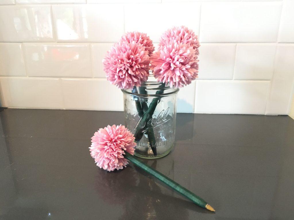 Diy Flower Pens How To Make Them The Cheeky Homemaker